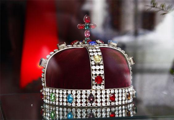 TK crown