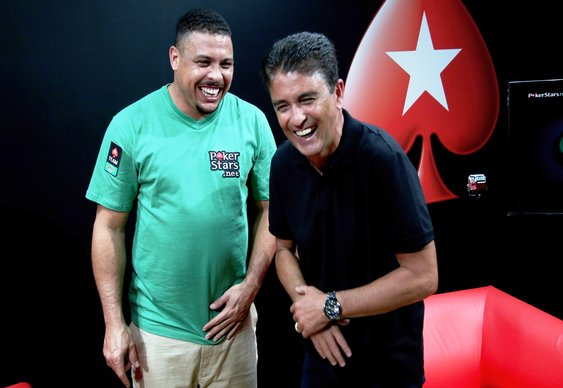 Brazilian Footballer Ronaldo gets Bluffed