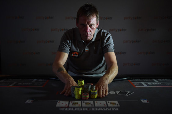 Stuart Pearce's Poker Lesson