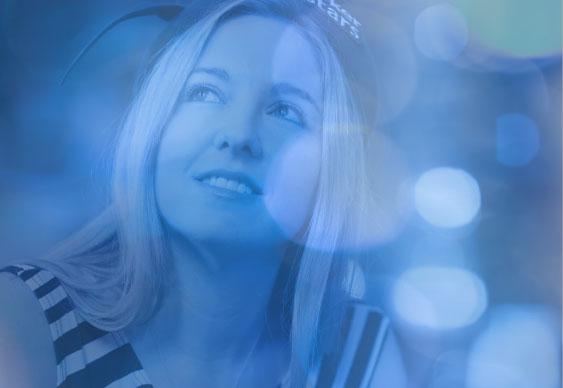 Victoria Coren-Mitchell Dominates British Poker Awards