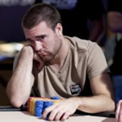 Peter Eastgate vs Aaron Gustavson Heads-Up EPT London