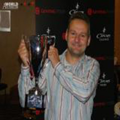 Andy Wright wins Stoke Anniversary Cup