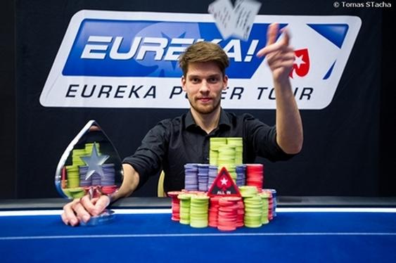 Holdeew Wins Record-Breaking Eureka Main