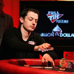 "Tom ""durrrr"" Dwan starts heads-up challenge at Macau"