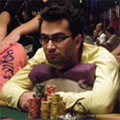 Phil Laak dunks Antonio Esfandiari in freezing cold water