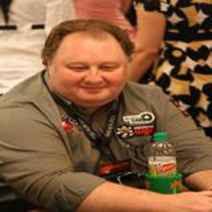 Greg Raymer sale de Team PokerStars