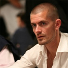 Gus Hansen loses $560,000; wins $345,000 at Full Tilt Poker.