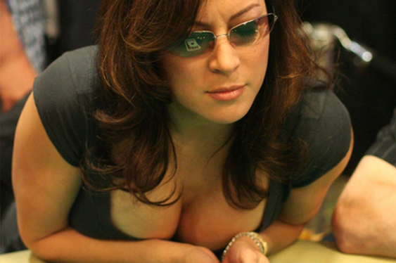 Jennifer Tilly Returns to Poker