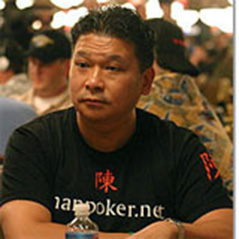 Johnny Chan & Scott Stewart Still Alive at Macau