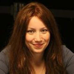 Melanie Weisner latest Full Tilt Poker red pro