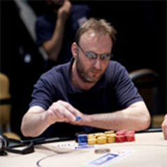 Michael Berry leads EPT London at the end of Day 4